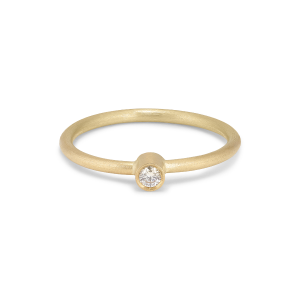 Princess ring, 18 karat guld, 0.05 ct diamant, rörsats